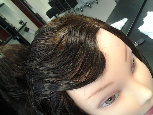 6d92d806b1ab HAAHAHHA så här ser min 1920 tals frisyr ut! helt mobbad frisyr asså-.-  orka inte heller vända på bilderna så det få va som det är ;)