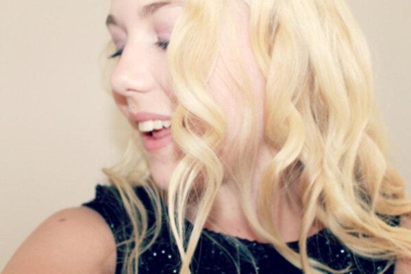 locka håret med plattång tips