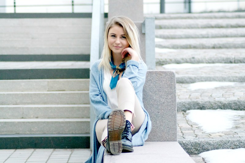 scarfs long cardigan pastels