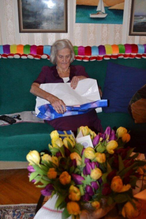 present till mormor 90 år