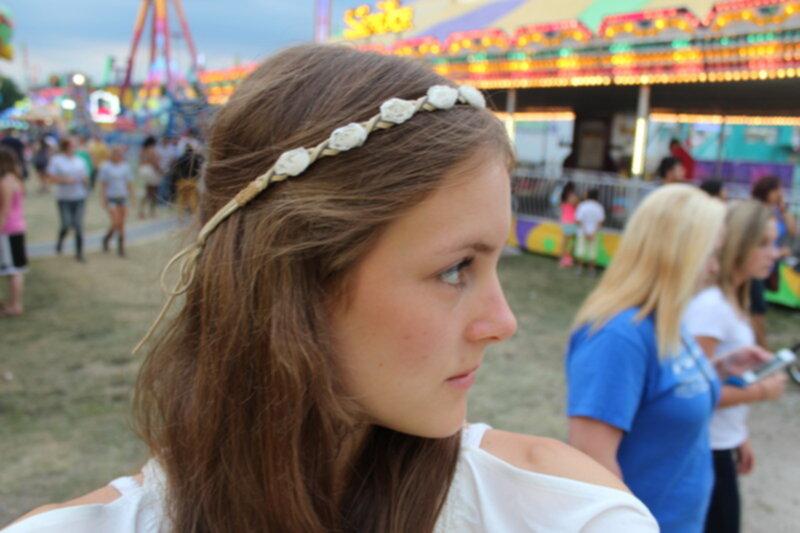blomband i håret
