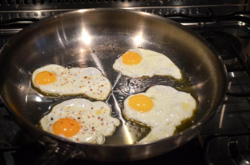 Steka ägg