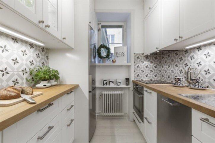 Compact living: Nybrogatan 66 : trappa hylla : Trappa