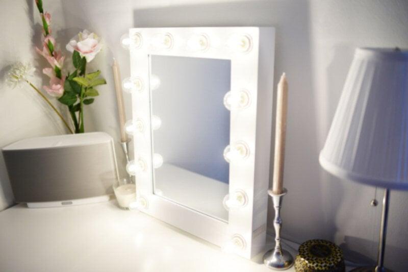Sminkspegel med belysning ikea