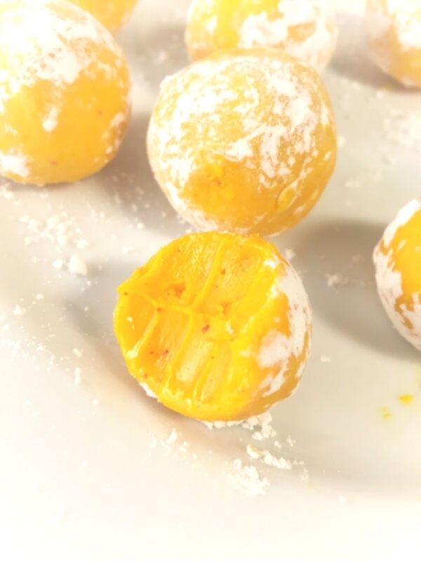 saffranstryffel med vit choklad